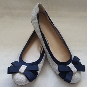 Banana Republic Flats - Tan with Navy Accents Sz 7